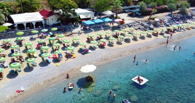 Il Bizzarro Beach Club