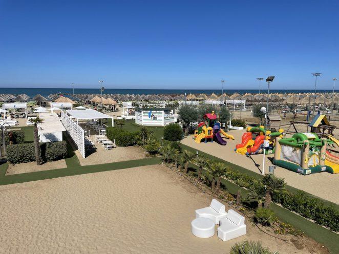 BlueParrot Beach Club